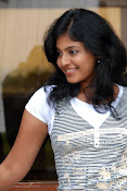 Anjali Most Cute Looking Stills Gallery-thumbnail-3