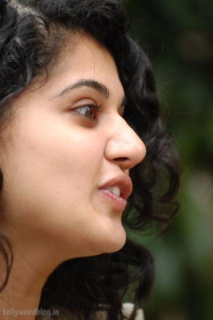 Jummandi Naadam Vastadu Naa Raju Heroine Taapsee latest cute looking face close up photo shoot pics images stills photos pictures galllery hot photos