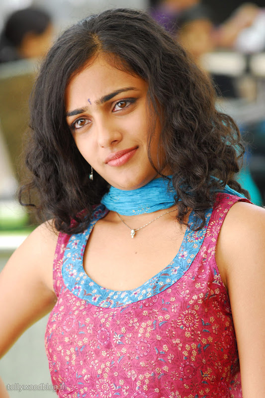 Nitya Menon Cute Looking Stills from Ala Modalaindhi Telugu Movie cleavage