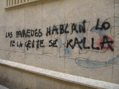 Las paredes también Hablan