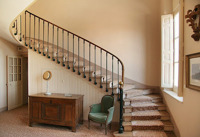 Modern and Classic of Stairs Design for Better Interior