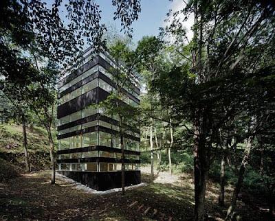 Japanese Ring House Design