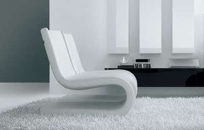 Black and white Snake chair by Roberto Lazzeroni