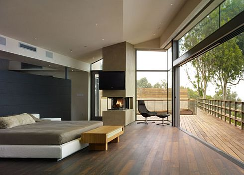 Modern and Stylish Point Dume Residence in Malibu by Griffin Enright