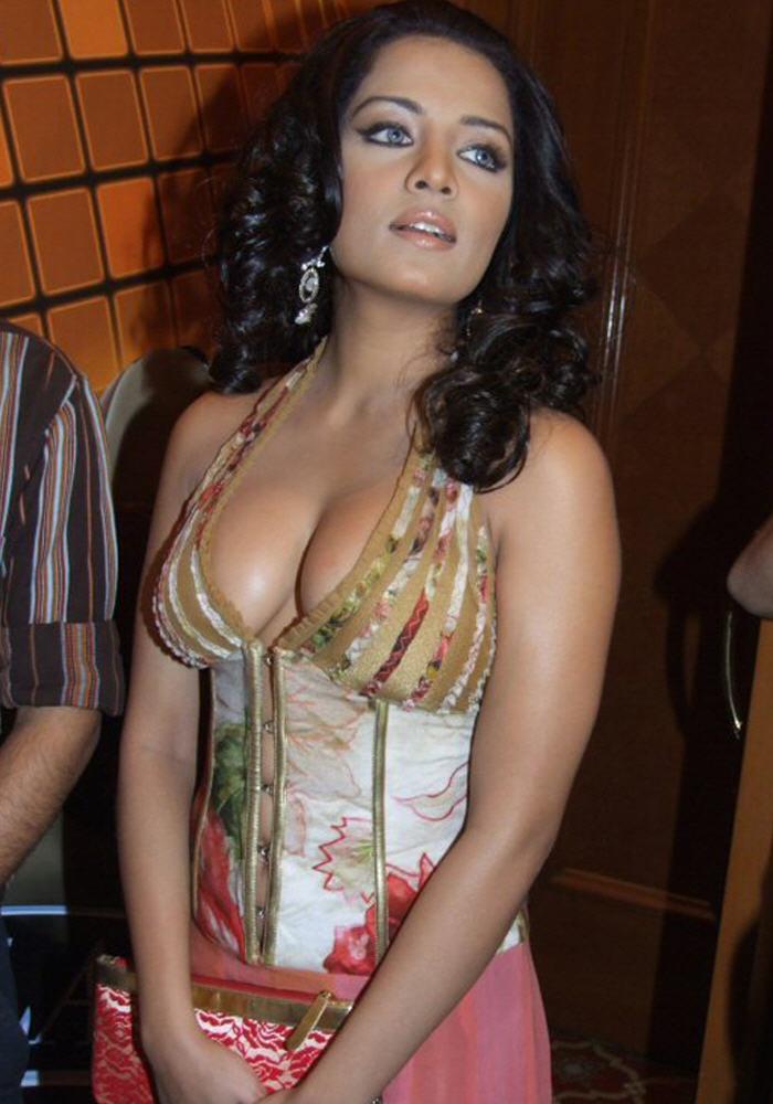 Celina nude boobs #11