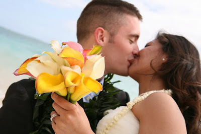 ... .com/contests/my-real-wedding/photo/84/our-dream-hawaiian-wedding