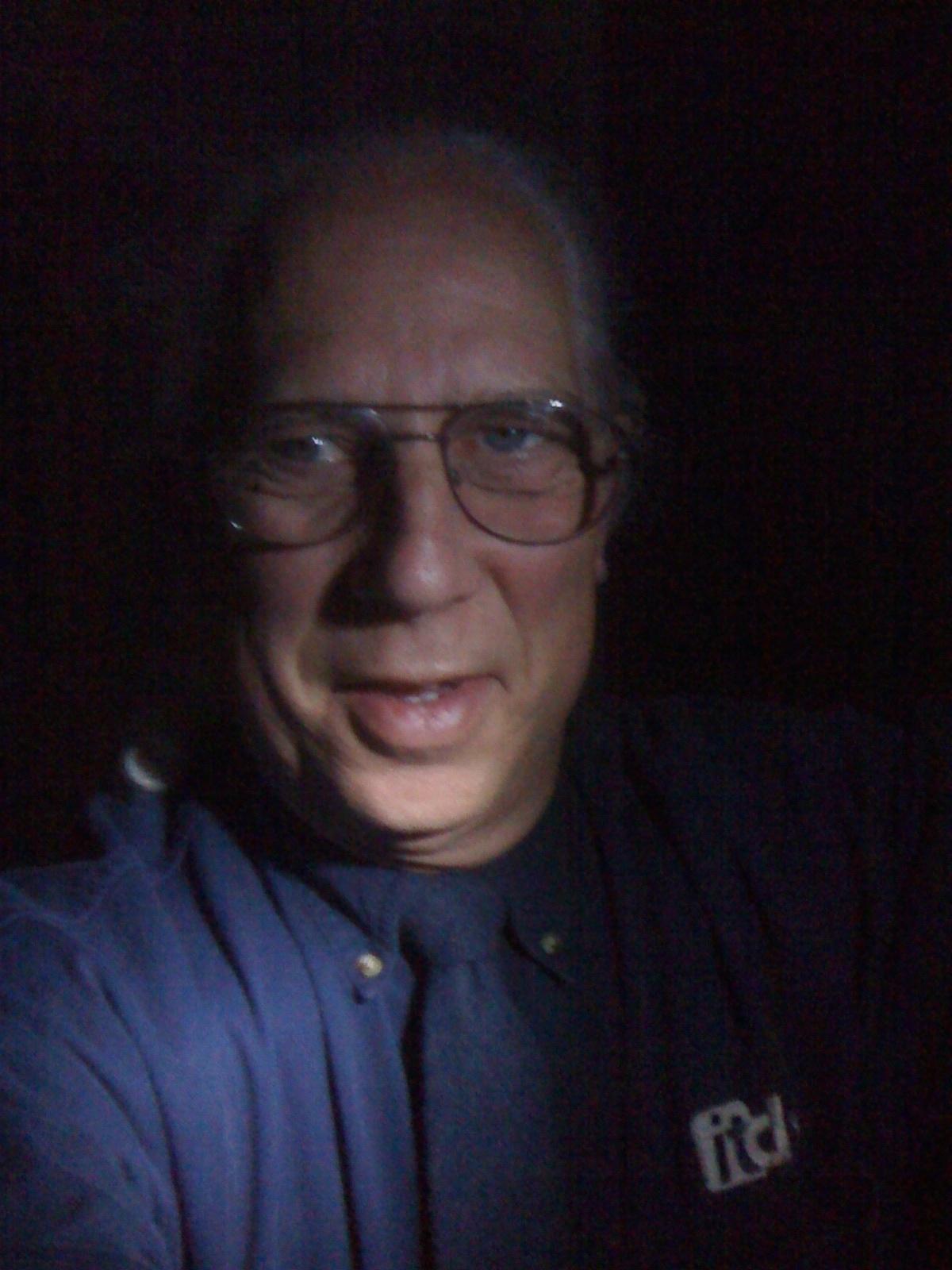 http://1.bp.blogspot.com/_a7m_amqnZD4/S_SjvNQKClI/AAAAAAAABvk/NTBDGiHw5us/s1600/darkdaytie_tie.jpg