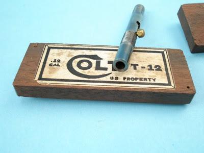 colt+.12+espionnage 05 Weapons that make you wonder