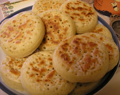 Sweet Nothings: ~~ TEA and CRUMPETS~~
