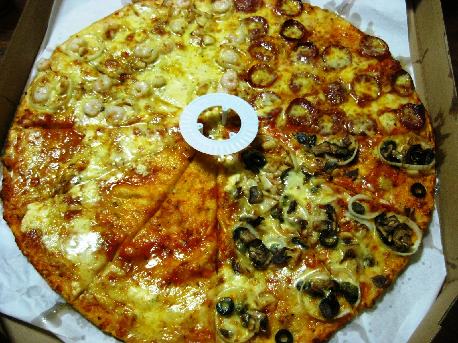 cook this recipe take out yellow cab 39 s four seasons pizza. Black Bedroom Furniture Sets. Home Design Ideas