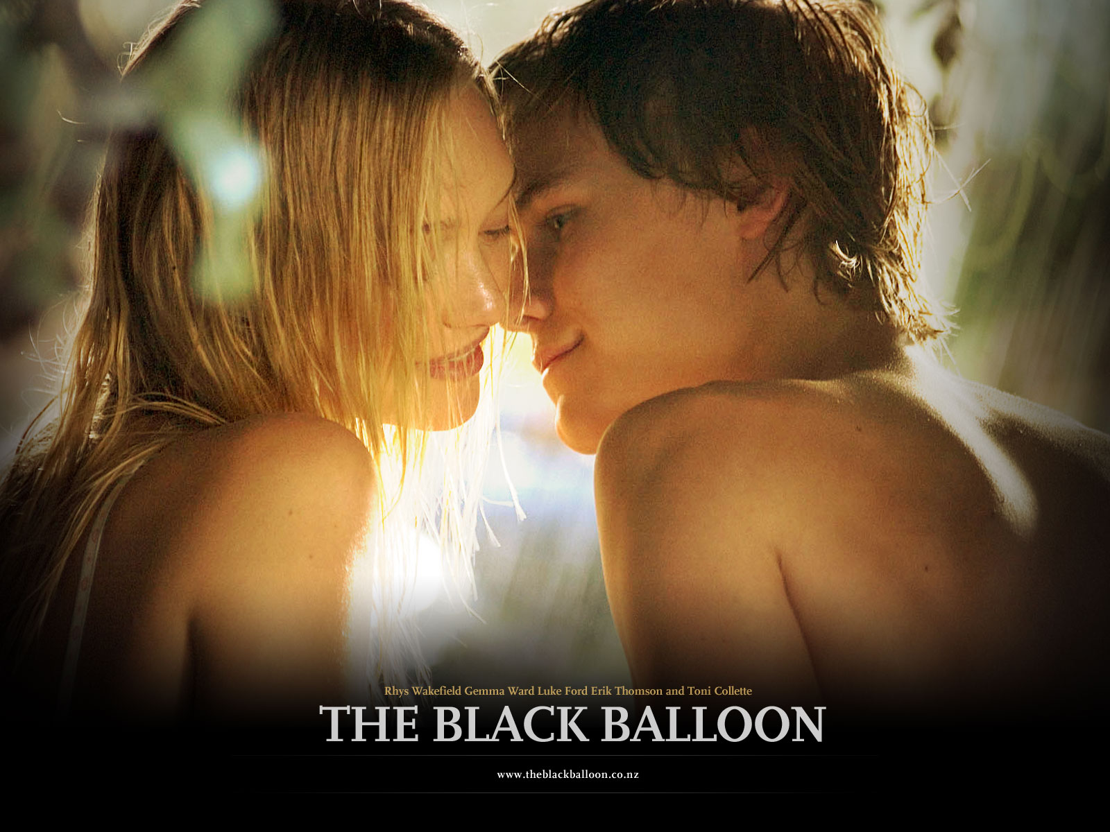 http://1.bp.blogspot.com/_aAcplodV6IQ/TLlM-_PgU8I/AAAAAAAABKw/M0zJ1vh4WQc/s1600/Gemma_Ward_in_The_Black_Balloon_Wallpaper_1_1280.jpg