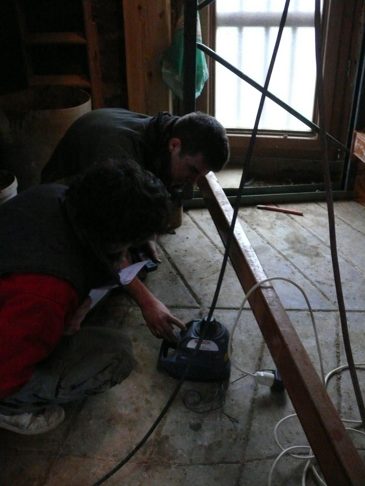 Le chantier des apprentis sages prise de cote pour l 39 escalier - Prise de cote fenetre ...