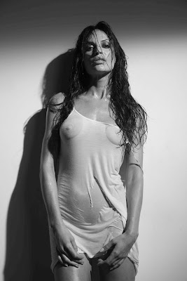 POPOnut Mag: Jolene Blalock Showing Her Nipples