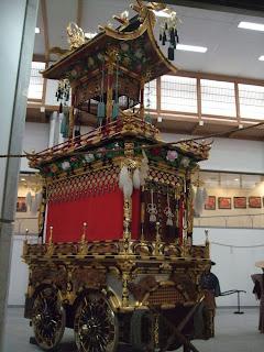 Uno de los pasos del Takayama Matsuri Takai Kaikan