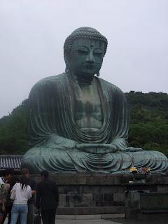 Al Buda le da igual que esté nublado o haga sol