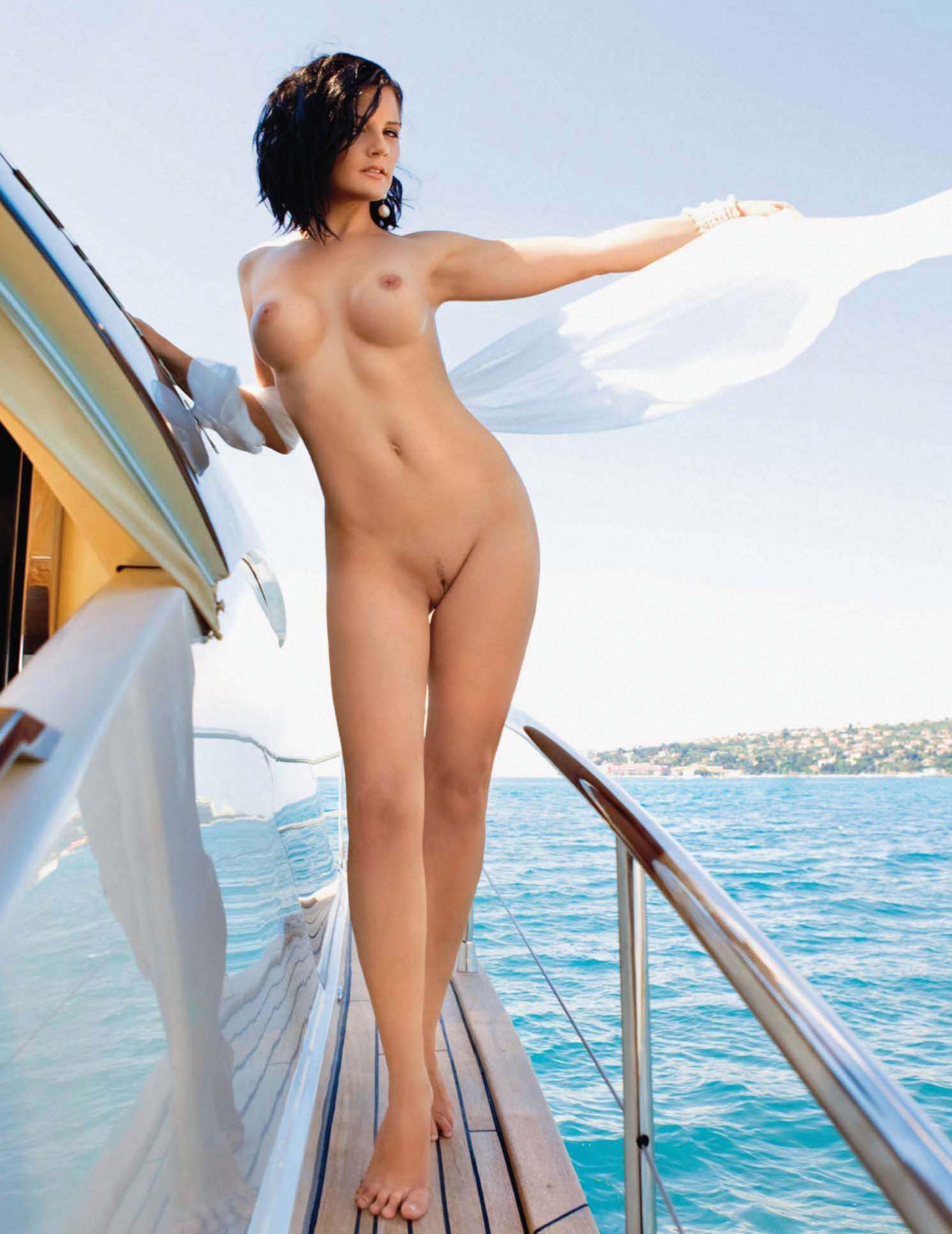 Anna Chapman Naked