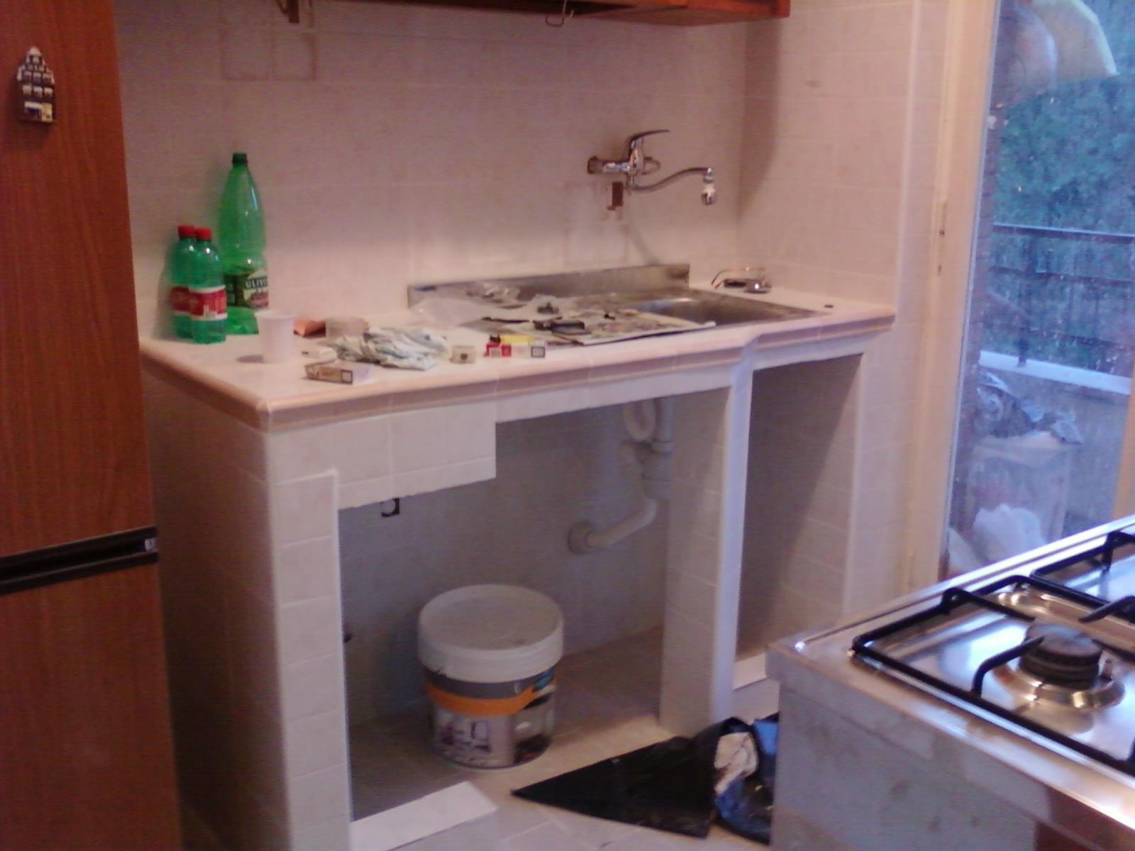 Mattonelle bagno cucina muratura country - Blocco lavello cucina ...