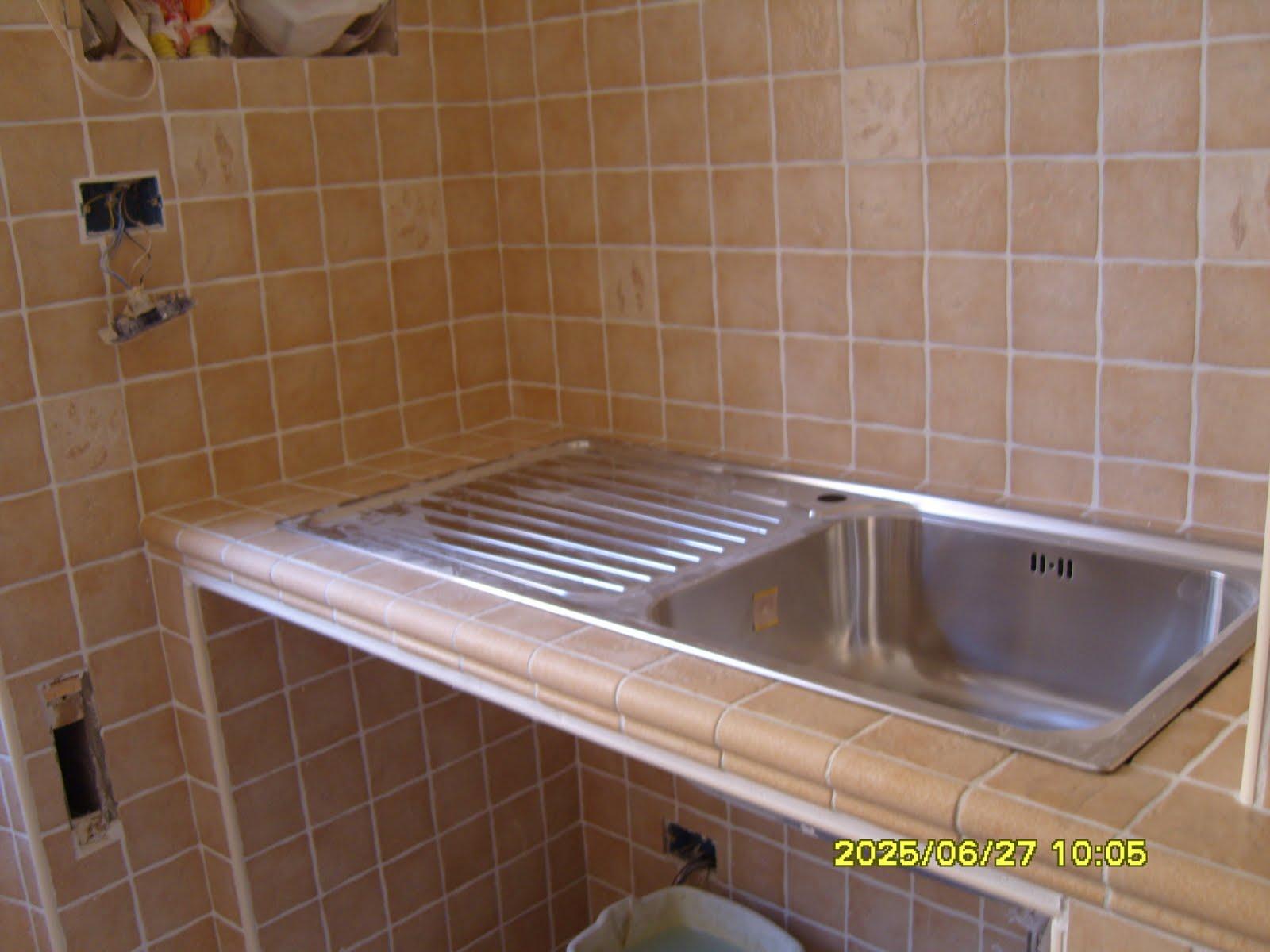 Emejing costruire cucina muratura contemporary house interior - Cucinini in muratura ...