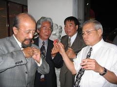 Anh Lau Rinh va Anh Trieu