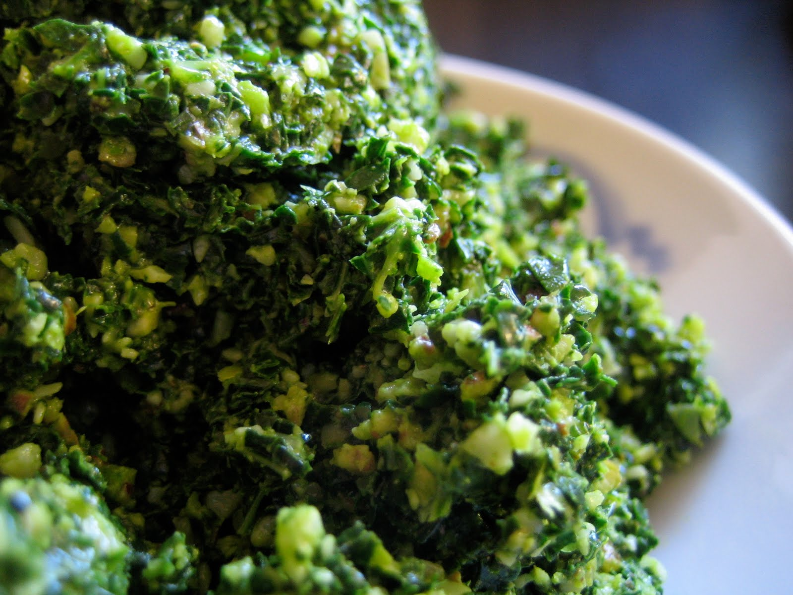 seaweed snacks: Lemon Kale Pesto with Nutmeg