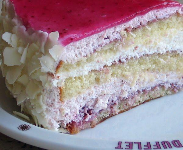like strawberry shortcake but creamier dufflet s strawberry cream cake ...