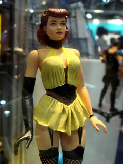 However no one will be going as her retro-foxy mom Silk Spectre I (aka Sally).  sc 1 st  You Want Me To Wear What? & Costume Ideas #8: Silk Spectre I ? You Want Me To Wear What?