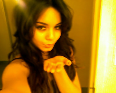 Vanessa Hudgens is Naked In Front Of a Mirror In The Most Awesome Set Of