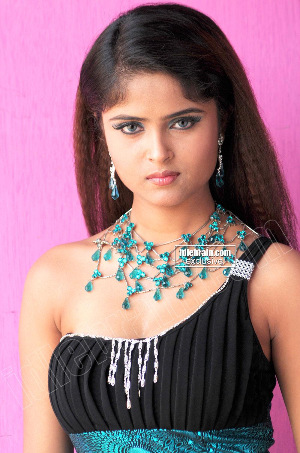 Gallery Boom: TELUGU HOT MASALA Actress Aphiya