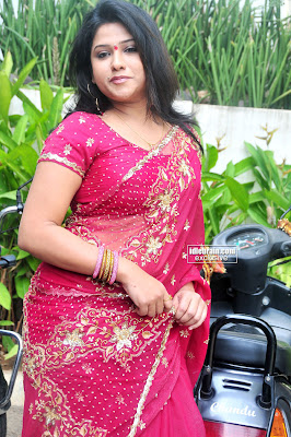 TELUGU ACTRESS JYOTHI Pics Hot Seductive in ROSE COLOR SAREE