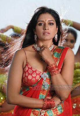 South Cute Actress Vimala Raman super hot Pictures in saree in Ranga The Donga