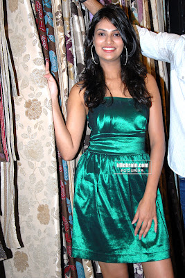 Bollywood Desi Hot MASALA BABE Sayali Bhagat Hot and Sexy Photos