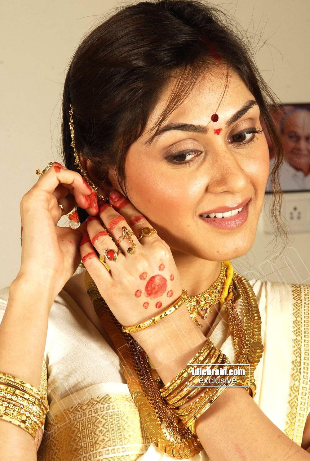 Gorgeous MANJARI FADNIS Hot Actress Cute Gallery ~ Masala