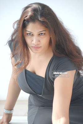 Hot DESI MASALA ACTRESS Kalpana Chowdary Sexy Photogallery
