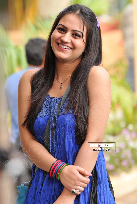 HOT INDIAN ACTRESS BLOG: TELUGU HOT ACTRESS Masala Girl ...