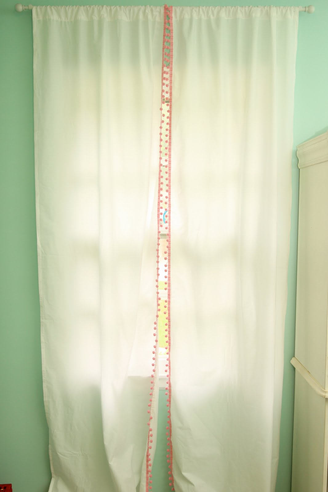 Homemade curtains - Cheap And Easy Curtains
