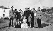 Sebastián Senar Erdocia y Concepción Artieda López junto a su familia en el Molinaz. Año 1948