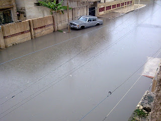 car in mosul floods