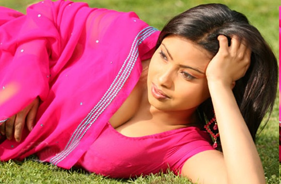 south Indian Actress Srijana in Pink Saree sari