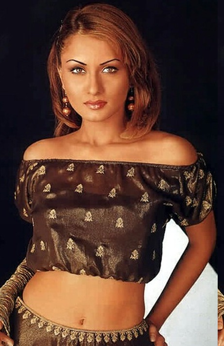 Rajlaxmi Khanvilkar - Rohit roy Wife hot Pics