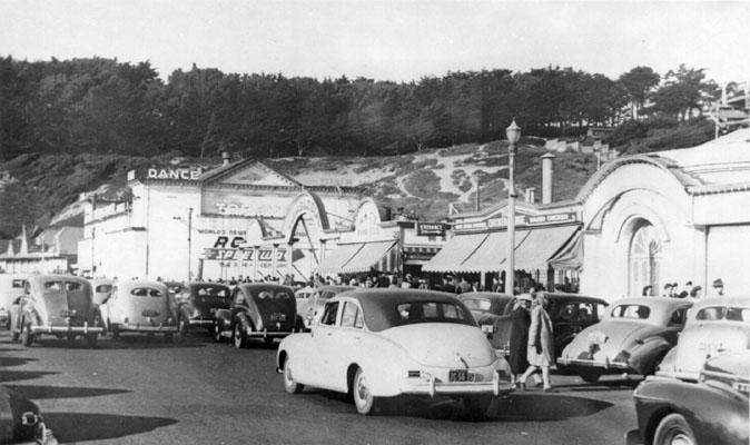 [playland-cars-1940.jpg]