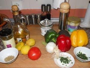 Ingredientes del ceviche de palmito.