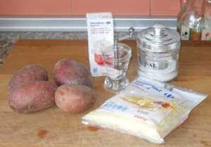 Ingredientes para la gratén de patata.