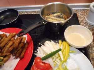 Freír la verdura rebozada.