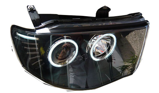 Mitsubishi l200 triton,barbarian,warrior Head lamp projector for sale