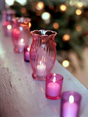 http://1.bp.blogspot.com/_aTDrfF0PfLw/SsWHV11-GvI/AAAAAAAABFQ/JRFqVMcpS9k/s400/pink+christmas+pink+candles.JPG