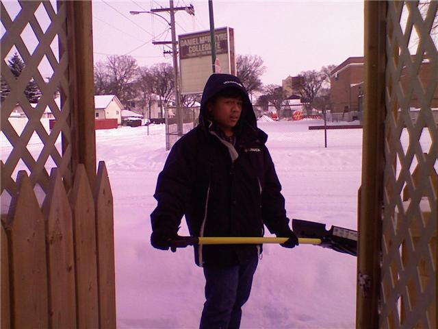 [me+shoveling.aspx]