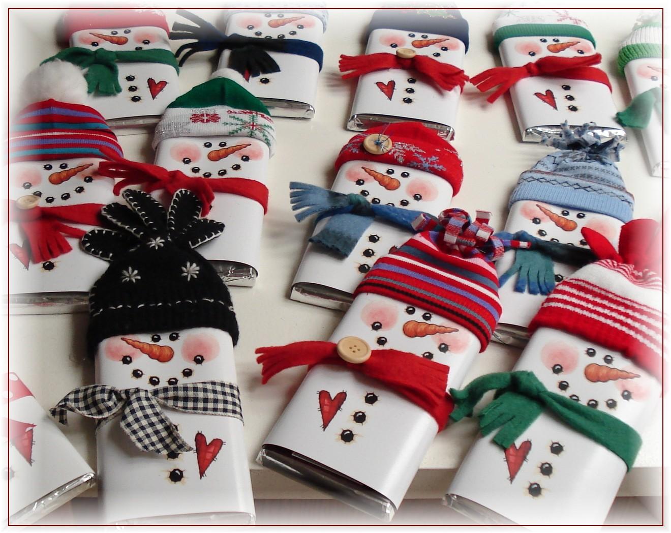 [ijensen+Snowmen+Wrappers.jpg]