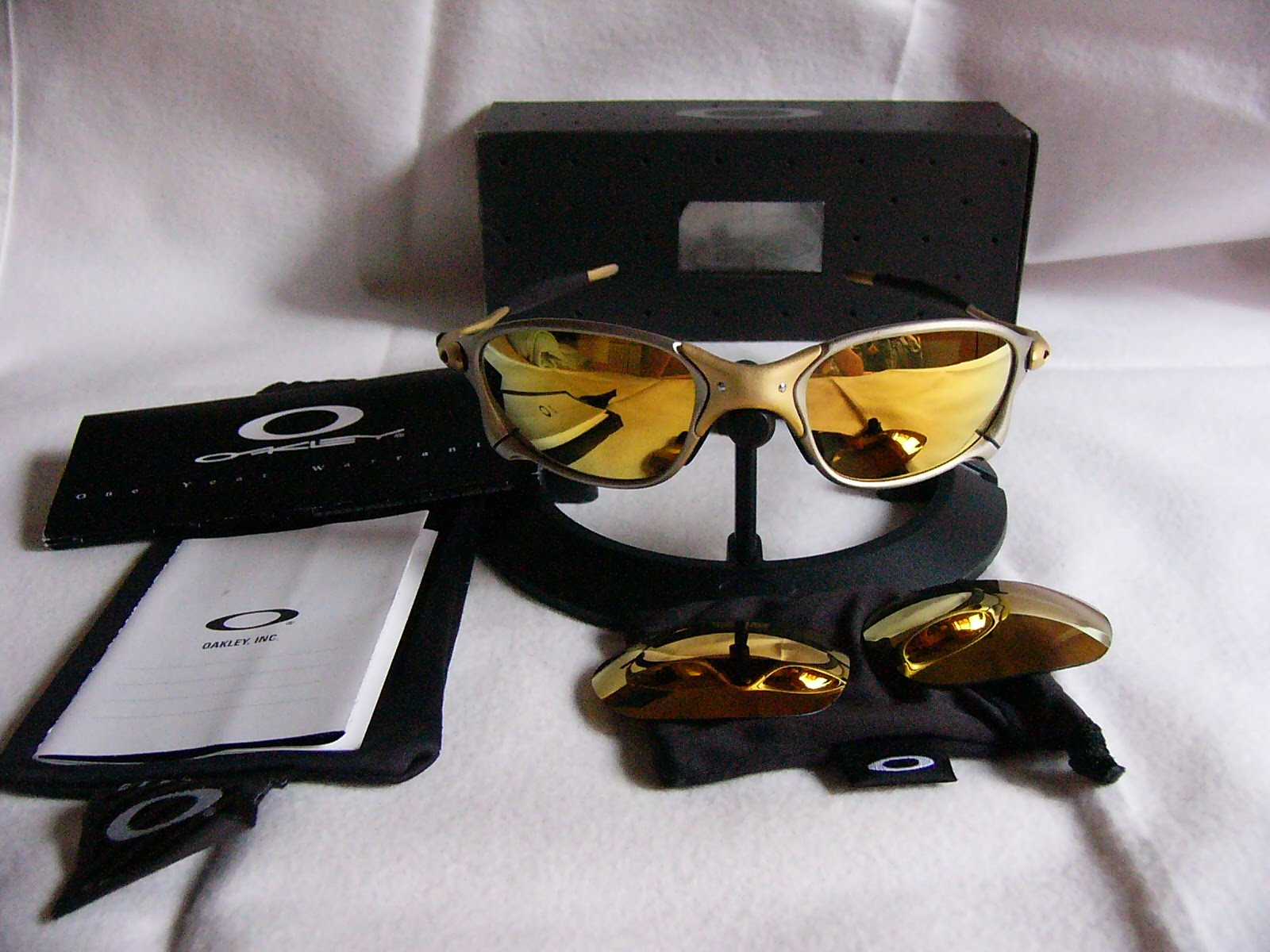 7327b9950b XX 24K Gold. Posted by oakley collector