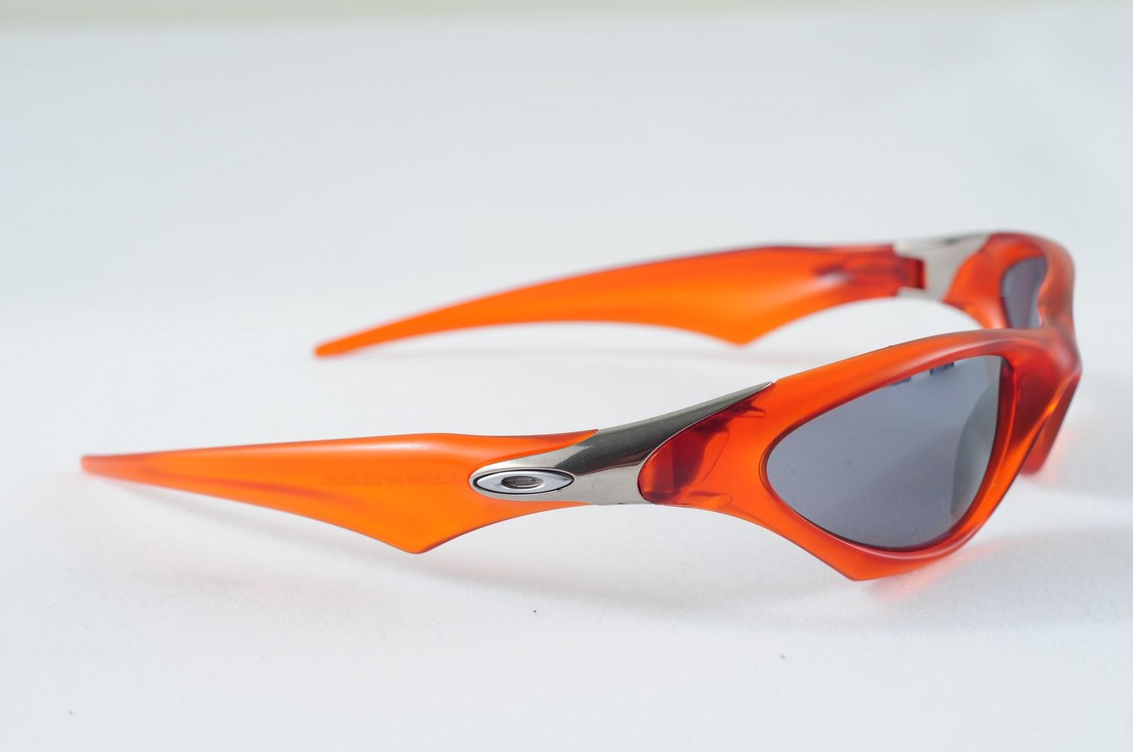 Oakley Saint Scar Persimmon Black Lens
