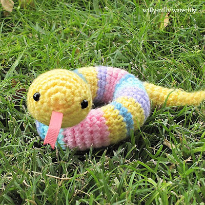 Free Amigurumi Snake Pattern : Willy-Nilly Waterlily: My First Amigurumi Pattern: A Willy ...